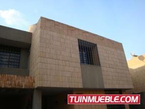 Valgo Townhouse En Venta En La Granja Código 18-6398