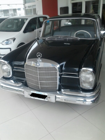 Mercedes Benz 220 S. Año 1963