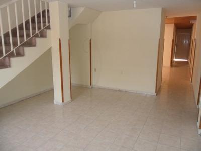 Casas En Arriendo La Salle 704-2243