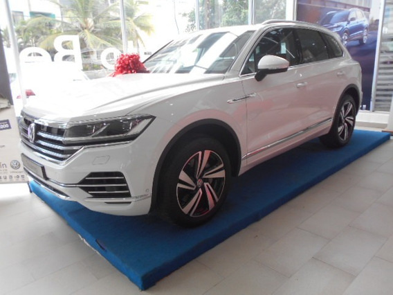 Volkswagen Touareg Luxury 3.0 Tsi 8at