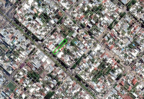 Imagen 1 de 4 de Terreno En Los Hornos 137 E/ 61 Y 62 - Dacal Bienes Raices