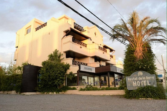 Venta Hotel - Ruta 10 Km 161,300, Esquina Stread N14 La Barr