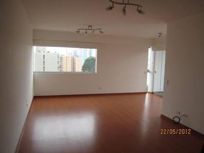 Amplio Departamento 115 M2 3 Dormitorios V/calle En Esquina