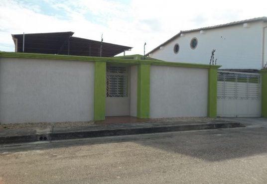 Casa En Venta Urb Campo La Mesa