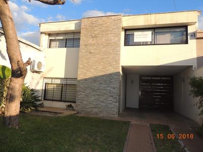Casa Excelente Ubicacion 4 Dormitorios 3 Baños