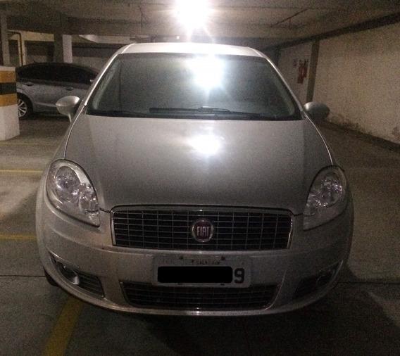 Fiat Linea Essence 1.8 Motor Flex Dualogic 2011/2012
