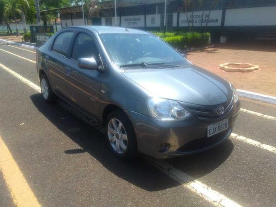 Toyota Etios Sedan Xs 13/13