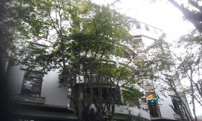 Apartamento A Venda No Bairro Centro Em Nova Friburgo - Rj. - Av-176-1