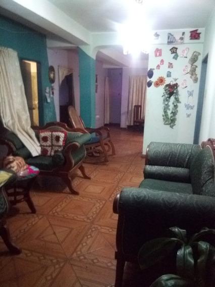 Casa En Venta Los Jardines Del Valle- Rconde 04149452112