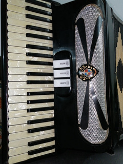 Acordeon Piano De Teclas Italiano Años80