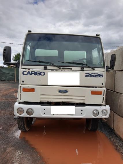 Caminhão Betoneira Ford Cargo 2626 - Ano 2004 - 4º Eixo