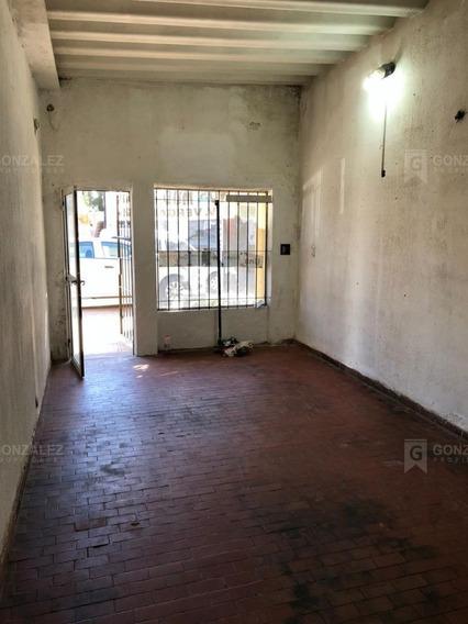 Local En Alquiler Ubicado En Pilar Centro, Pilar Y Alrededores
