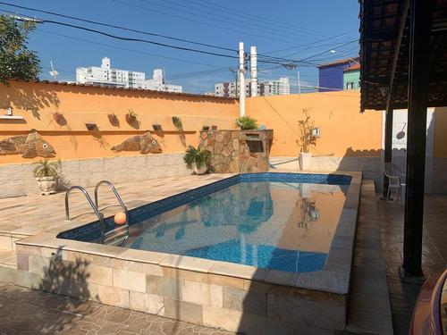 Imagem 1 de 14 de Reg-21 Maravilhosa Casa 3 Dormitórios Com Piscina No Caiçara