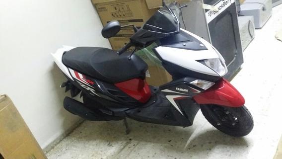 Motocicleta Yamaha 2018