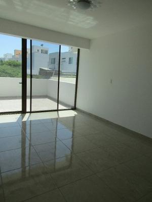 Se Vende Casa En Fracc. La Cima, El Refugio, Querétaro