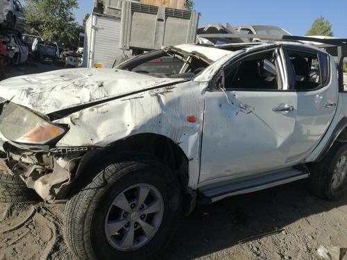 Mitsubishi  L200 Dakar   2014 4x4 Mecanico En Desarme
