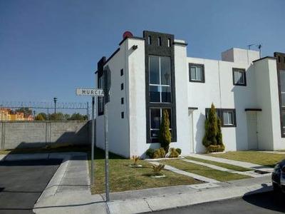 Casa En Renta Dentro De Fraccionamiento Privado