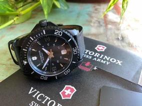 Relógio Victorinox Maverick Série Black