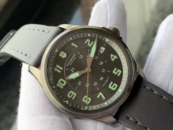 Relógio Victorinox Swiss Infantry Vintage Automatic 241518