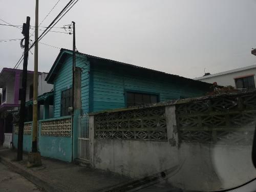 Casa En Venta En Colonia Primero De Mayo
