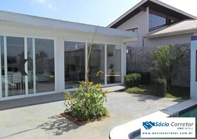 Casa Com 248m²condomínio Novo Horizonte - Casa Alto Padrão A Venda No Bairro Novo Horizonte - Piracaia, Sp - Sc00545
