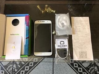 Smartphone Moto G5s Plus (novíssimo)