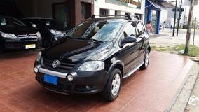 Volkswagen Cross Fox Trendline 1.6 5 Puertas Año 2007 Negro