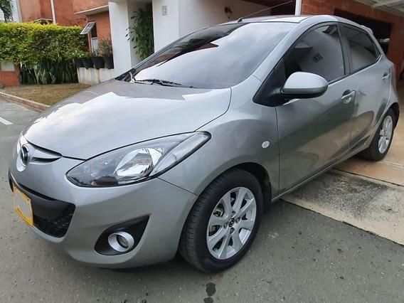 Mazda 2 Gris Sport 2015