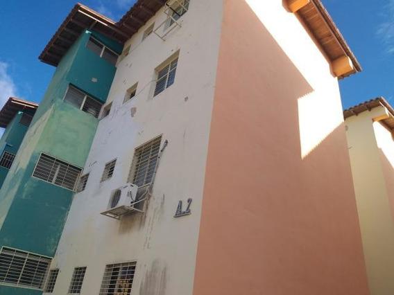 Apartamento En Venta Barquisimeto Este 20-1927 Rahco
