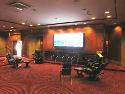 Locação Aluguel De Cadeiras E Poltronas De Massagem Eventos