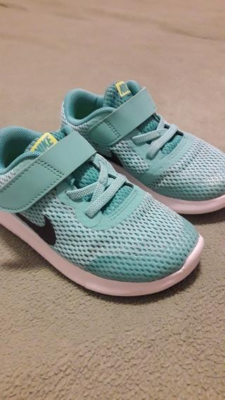 Zapatillas Nike Mod. Tanjun Talle 27