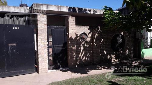 Casa En Alvarez Con Departamento***