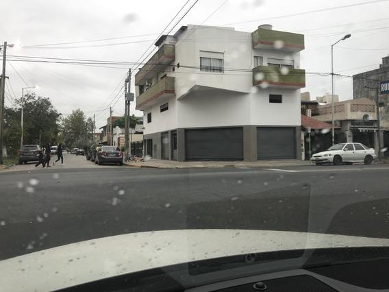 Venta Local Cabildo 400 Esq Catamarca Avellaneda