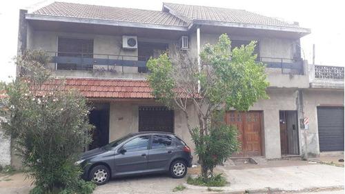 Dos Casas En Block
