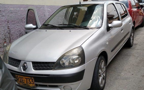 Se Vende Renault Clio 2004