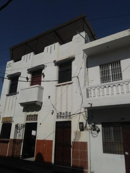 Casa En La Zona Colonial