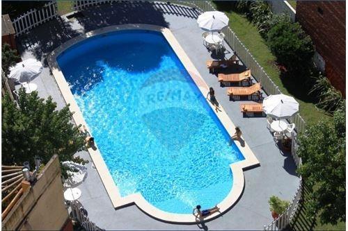 Apart Hotel Con Pileta A La Venta En Villa Gesell