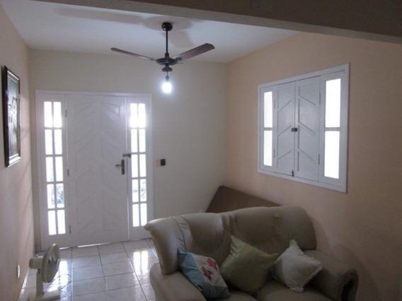 Casa Com 3 Quartos Para Comprar No Ilha Dos Bentos Em Vila Velha/es - Nva710