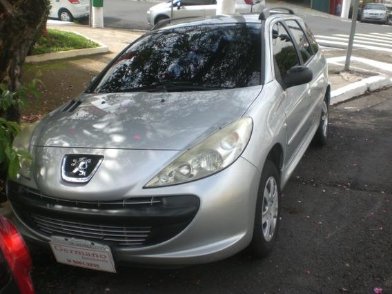 Peugeot 207 Sw 1.4 Xr Flex 5p Prata 10/11