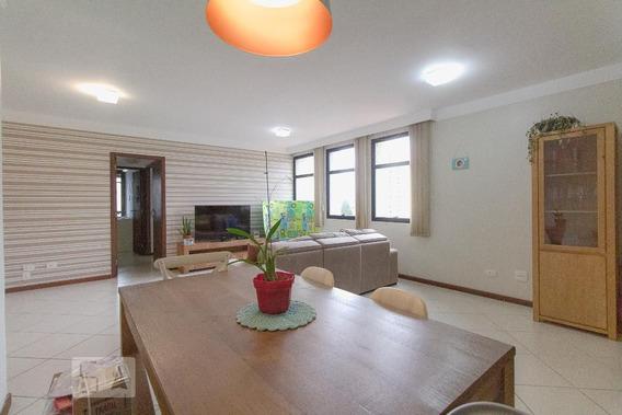 Apartamento No 6º Andar Com 2 Dormitórios E 2 Garagens - Id: 892907472 - 207472