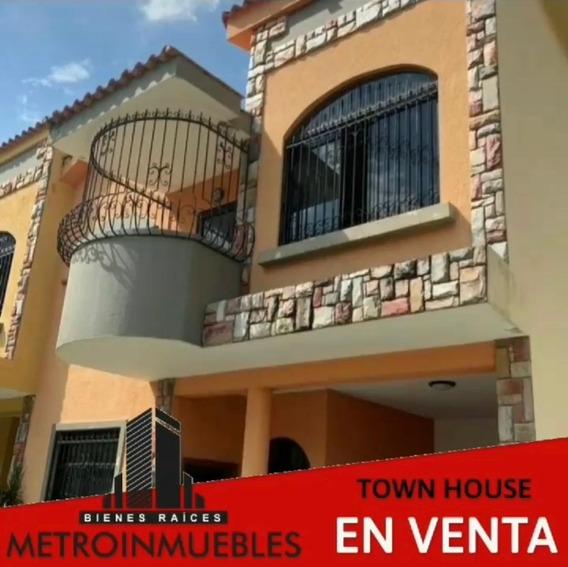 Metroinmuebles Vende Townhouse En Piedra Pintada 04243230945