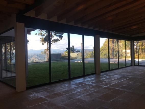 Residencia Nueva En Avándaro Con Espectacular Vista Al Lago.
