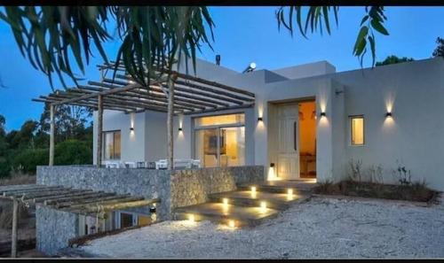 Increíble Casa En Venta - Costa Esmeralda Barrio Ecuestre