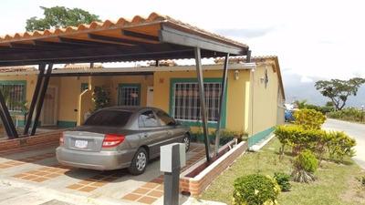 Rab Se Vende Town House En Valle De Oro Buen Precio