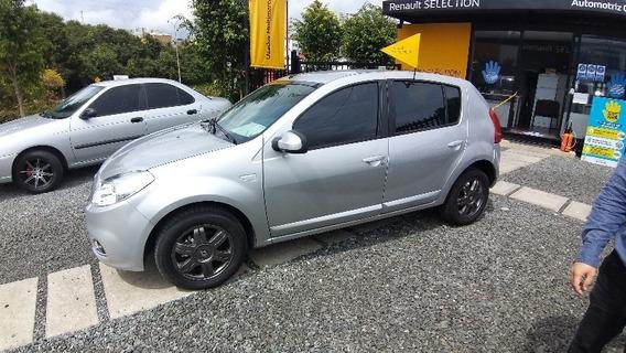 Renault Sandero Dynamique Automatico - Modelo 2016