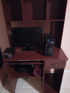 Computador Con Mesa En 400
