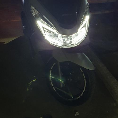 Imagem 1 de 5 de Pcx Honda  Scoot