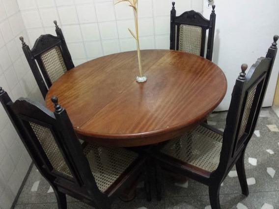 Mesa De Madeira Redonda Rústica + 4 Cadeiras