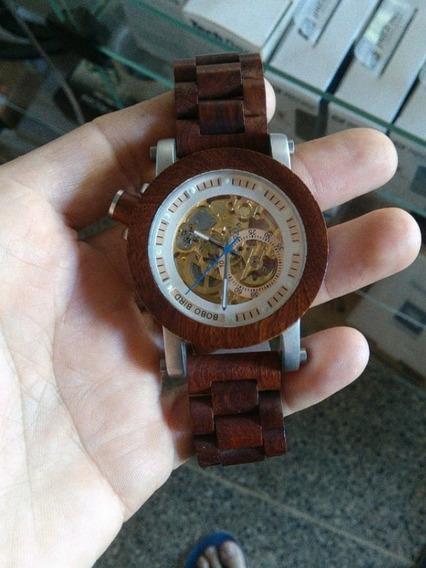 Relógio De Madeira Automático