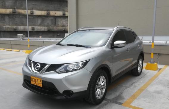 Nissan Qashqai Advance 4x2 Aut 2.0 2015 Plata. 5 Puestos